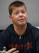 Rob_Liefeld,_Amazing_Arizona_Comic_Con,_2014.jpg
